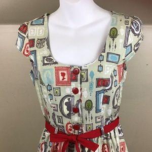 Modcloth Dresses - ModCloth Retrolicious  Portrait Frames Dress EUC